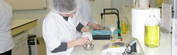 préparatrice en pharmacie formation